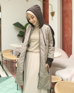 Jaket Distro Wanita Queenbee HJ-QNB-CREAM -XXL